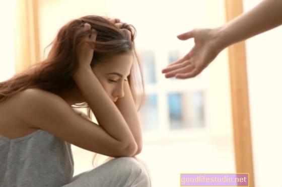 Nevar atrast palīdzību depresijas un paškaitēšanas gadījumā
