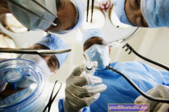 Baimė dėl ligoninių ir su širdimi susijusių tyrimų