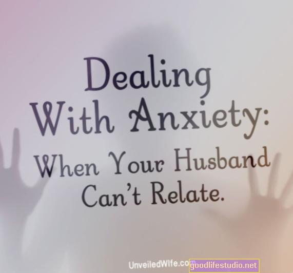 El prometido tiene ansiedad severa y no me deja salir de casa