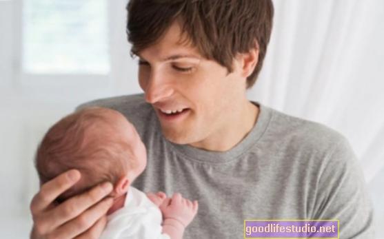 Suami Kritikal terhadap Bapa Anak lelaki