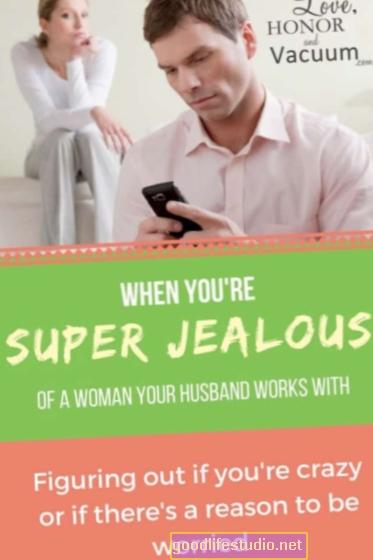 Celoso de las compañeras de trabajo del esposo