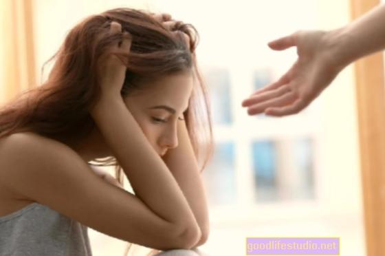 Vai man vajadzētu atstāt sievu, kura mani ienīst? Es esmu galīgi slims