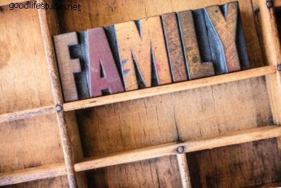 Kas tiek uzskatīts par tūlītēju ģimeni?