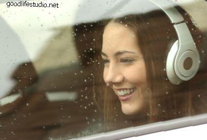 15 dainų, kurias reikia klausytis lietingą dieną