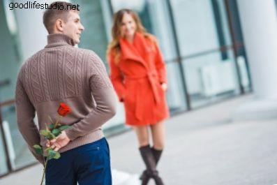 Как заставить парня преследовать тебя, используя мужскую психологию