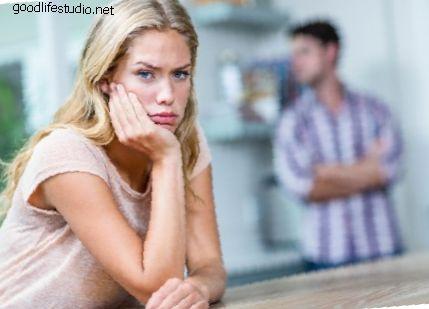 Ce înseamnă când un tip spune că Hmm te va irita?