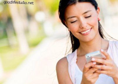 Qué enviar un mensaje de texto a una chica para hacerla sonreír