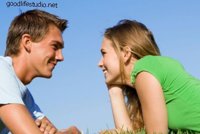¿Qué significa cuando un chico hace contacto visual?
