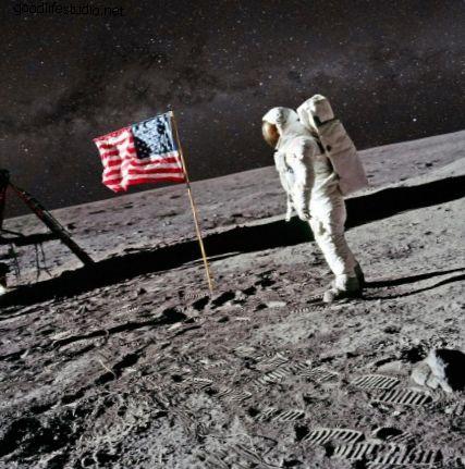 La bufala dell'atterraggio sulla luna