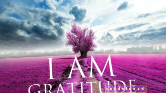 Agregar gratitud a la riqueza puede ayudar con la felicidad