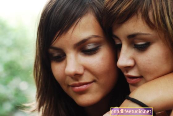 Gay invecchiati e lesbiche possono affrontare da sole malattie croniche