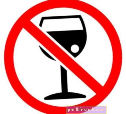 Lijek protiv pušenja također smanjuje upotrebu alkohola kod žestokih pušača