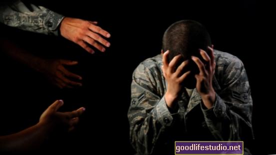 Armádní péče o duševní poruchy se zlepšuje zapojením primární péče