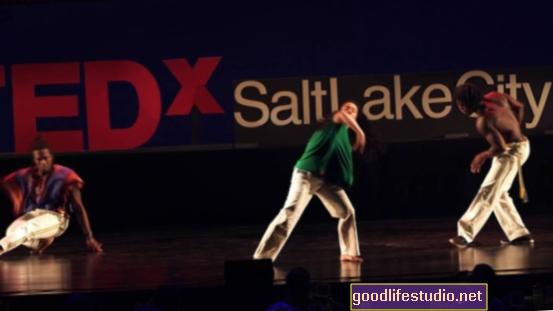 يمكن أن يساعد الفن والموسيقى والرقص في تخفيف القلق والاكتئاب لدى مرضى السرطان
