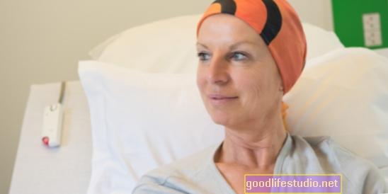 Pārdzīvojušie vēzi var saskarties ar potenciālo darba devēju diskrimināciju