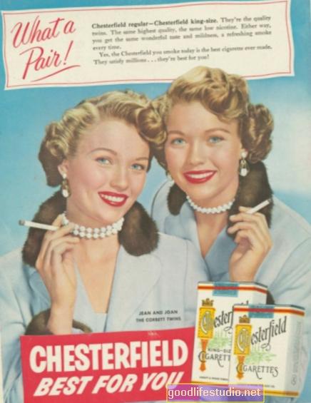 Los modelos de anuncios de cigarrillos de mediados de los años veinte pueden estar influyendo en los adolescentes para que fumen