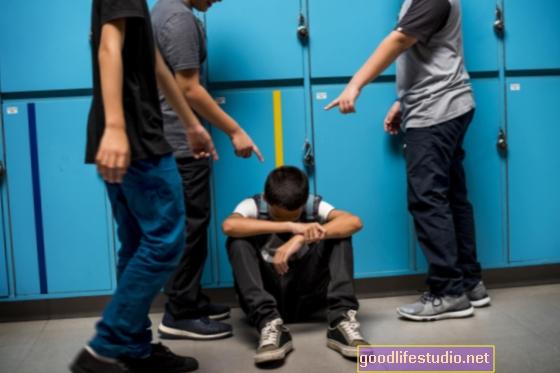 Kyberšikana na vysoké škole může mít vážné následky