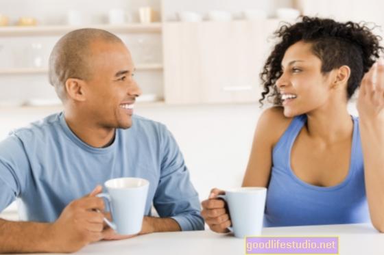 La comunicación ligada a un matrimonio feliz, pero es complicada