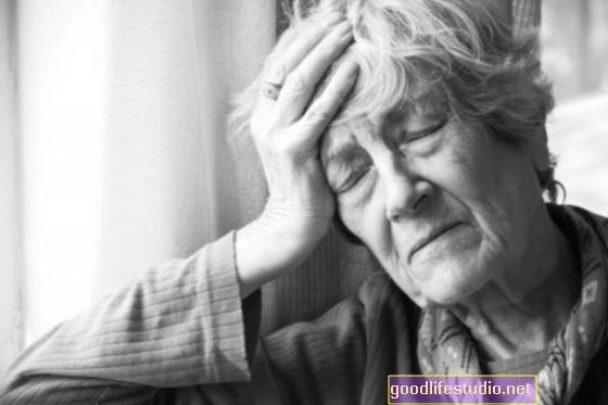 La depresión suele acompañar a la demencia, pero no es probable que la cause