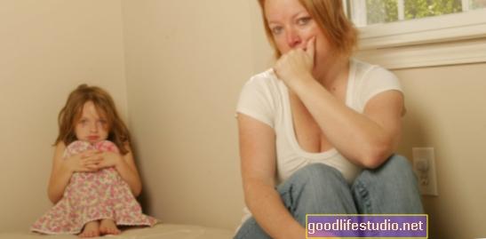 Abuso doméstico de nuevas madres = problemas de salud mental