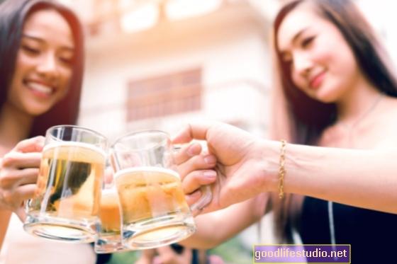 Drunkorexia: Když vysokoškoláci jedí méně, aby mohli pít více