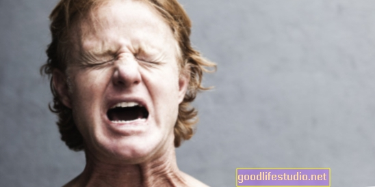 Emoce zvyšují vnímání bolesti u žen