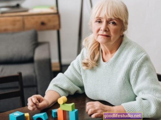 Mažiau reprodukcinių metų, susijusių su didesne moterų demencijos rizika