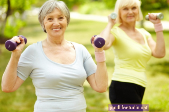 Para las personas mayores, más actividad = menos riesgo de dolor crónico