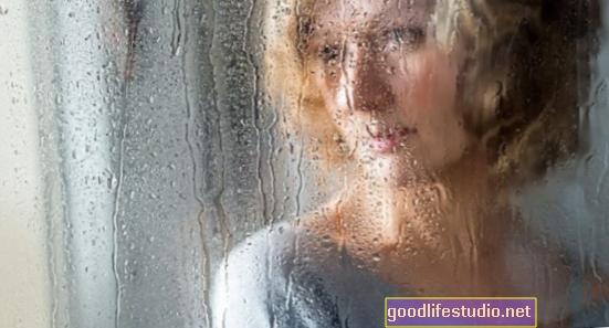 Žal přináší riziko infekce pro starší lidi