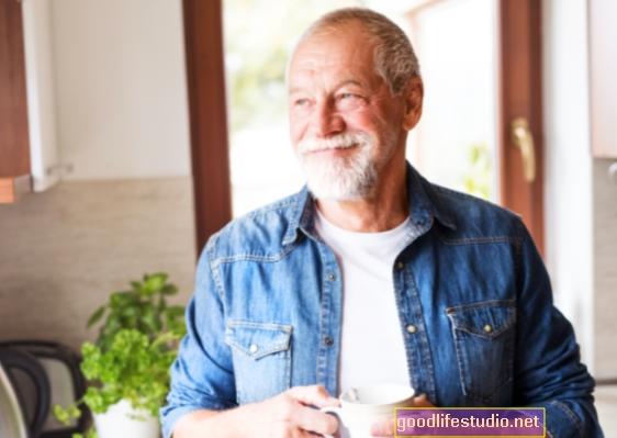 高齢者が薬物コンプライアンスを支援するテクノロジーについてどのように感じているか