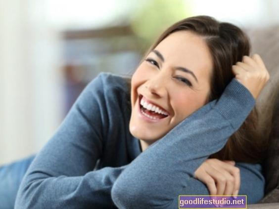 हास्य हमें बेहतर जीवन जीने में मदद कर सकता है