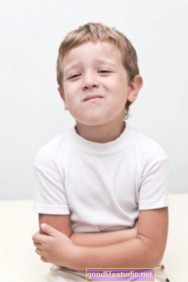 Vaikų dažni pilvo skausmai, susiję su suaugusiųjų nerimu, depresija