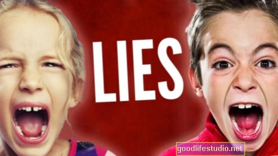 Los niños contados mentiras por sus padres pueden enfrentar desafíos psicológicos como adultos