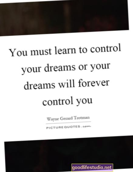 Aprenda a controlar sus sueños