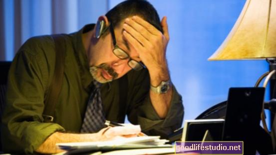 """Las largas jornadas de trabajo pueden aumentar el riesgo de hipertensión """"enmascarada"""""""