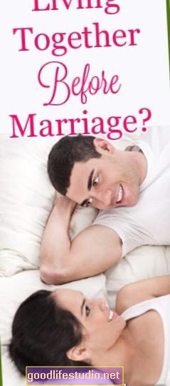 Brak ili zajednički život mogu poboljšati emocionalno zdravlje mladih parova