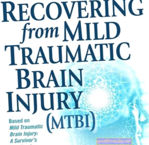 Леко травматично увреждане на мозъка, свързано с мозъчни дупки