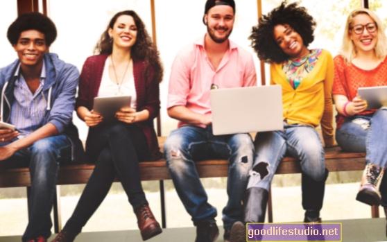 Az ezredfordulók azt hiszik, hogy ők a legtöbb nárcisztikus generáció