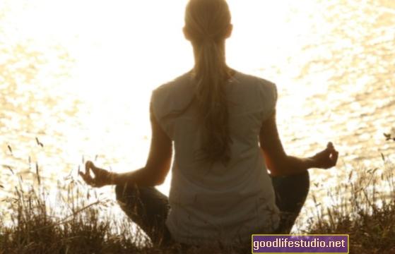 Mindfulness muestra resultados mixtos para el bienestar de los adultos mayores