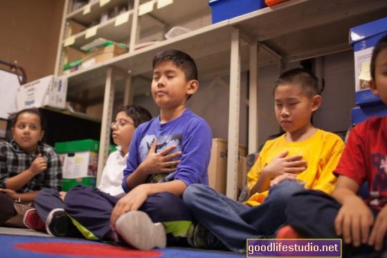 Навчання уважності покращує успішність середньої школи