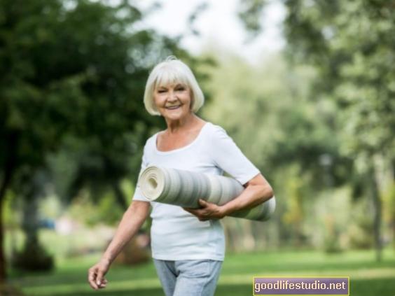 Daugiau fizinio aktyvumo gali apsisaugoti nuo Alzheimerio ligos pradžios