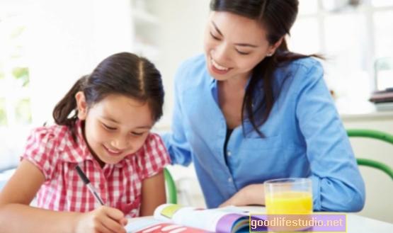 母親の教育が子どもの学術的成功の鍵