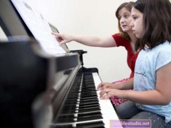 Le lezioni di musica possono aumentare le capacità cognitive e accademiche dei bambini
