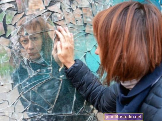 Los rasgos narcisistas tienden a declinar con la edad