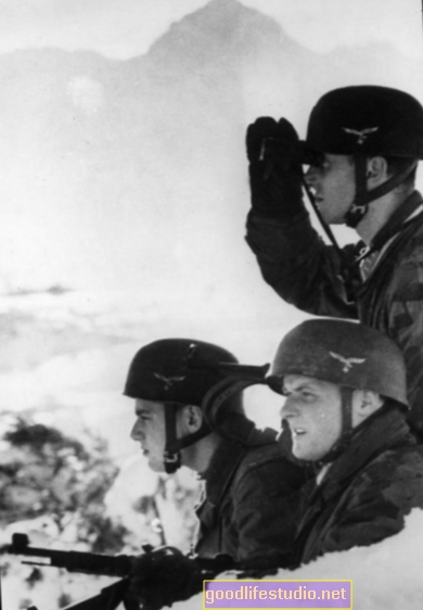 La observación del estrés de la guerra ayuda a mejorar la atención del TEPT