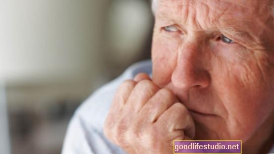 Stariji muškarci izgledaju najmanje zabrinuti zbog COVID-19