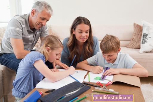 Coaching Ibu Bapa Menunjukkan Faedah untuk Kanak-kanak Autistik