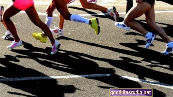 La participación en deportes de contacto aumenta el riesgo de uso de opioides / heroína
