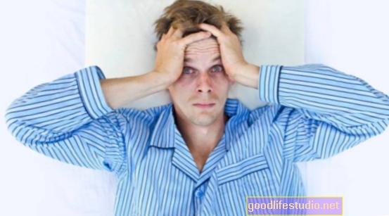 Prastas miegas, susijęs su rizikingu paauglių elgesiu