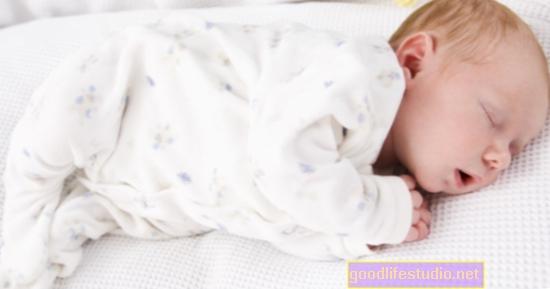 Los bebés nacidos a término tienen más problemas emocionales y de comportamiento